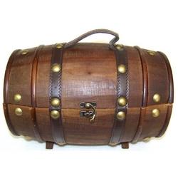 Botte in legno colore scuro 36x24x21 cm