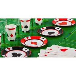 Piatti Piani Cartoncino Poker Cm 18 Pz.8 Assortiti Nei 4 Simboli