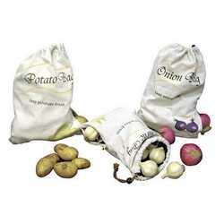Tre sacchetti porta cipolle, aglio e patate
