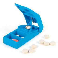 Taglia e porta pillole