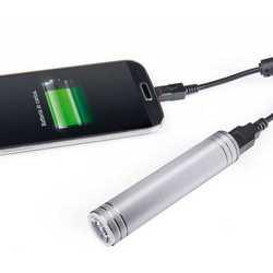 Carica batteria e torcia 2 in 1