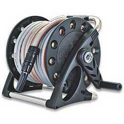 Avvolgitubo equipaggiato Claber Aquapony Kit