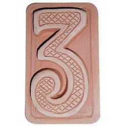 Numero civico tre 5 x 9 cm cotto