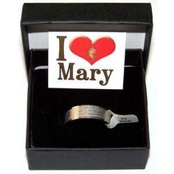 Anello con preghiera Ave Maria incisa in acciaio inox mis 26