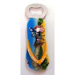 Apribottiglia Ciabatta con carretto in resina cm 12
