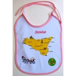 Souvenir Bavaglino con Sicilia colore bianco cm 28x20
