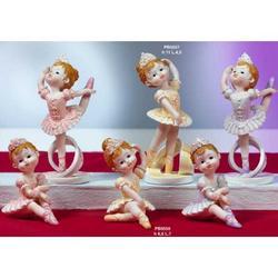 Bomboniere Bimba ballerina in piedi cm 6. resina Set di 3 pz ass