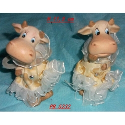Bomboniere Mucche vestite cm 11.5 in resina - Set 2 pezzi assortiti