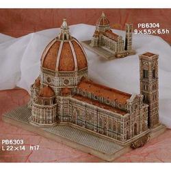 Duomo di Firenze cm 22x14x17 in resina