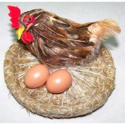 Gallina con nido e uova cm 10x10x7
