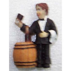 Magnete cameriere con botte di vino cm 7 in resina