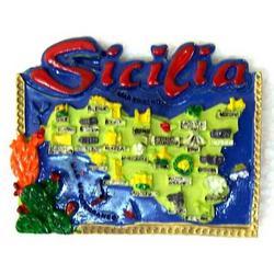 Mappa Sicilia cm 7x5.5 in resina con magnete