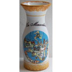 Mezzolitro in ceramica con mappa Sicilia cm 18x7