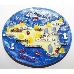 Ovale Mappa Sicilia in resina e magnete cm 6.5x5.5