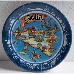 Piatto in ceramica con mappa Sicilia cm 12.5