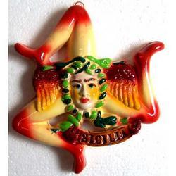 Trinacria in ceramica cm 15x15