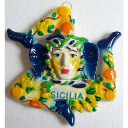 Trinacria souvenir in ceramica cm 16x15
